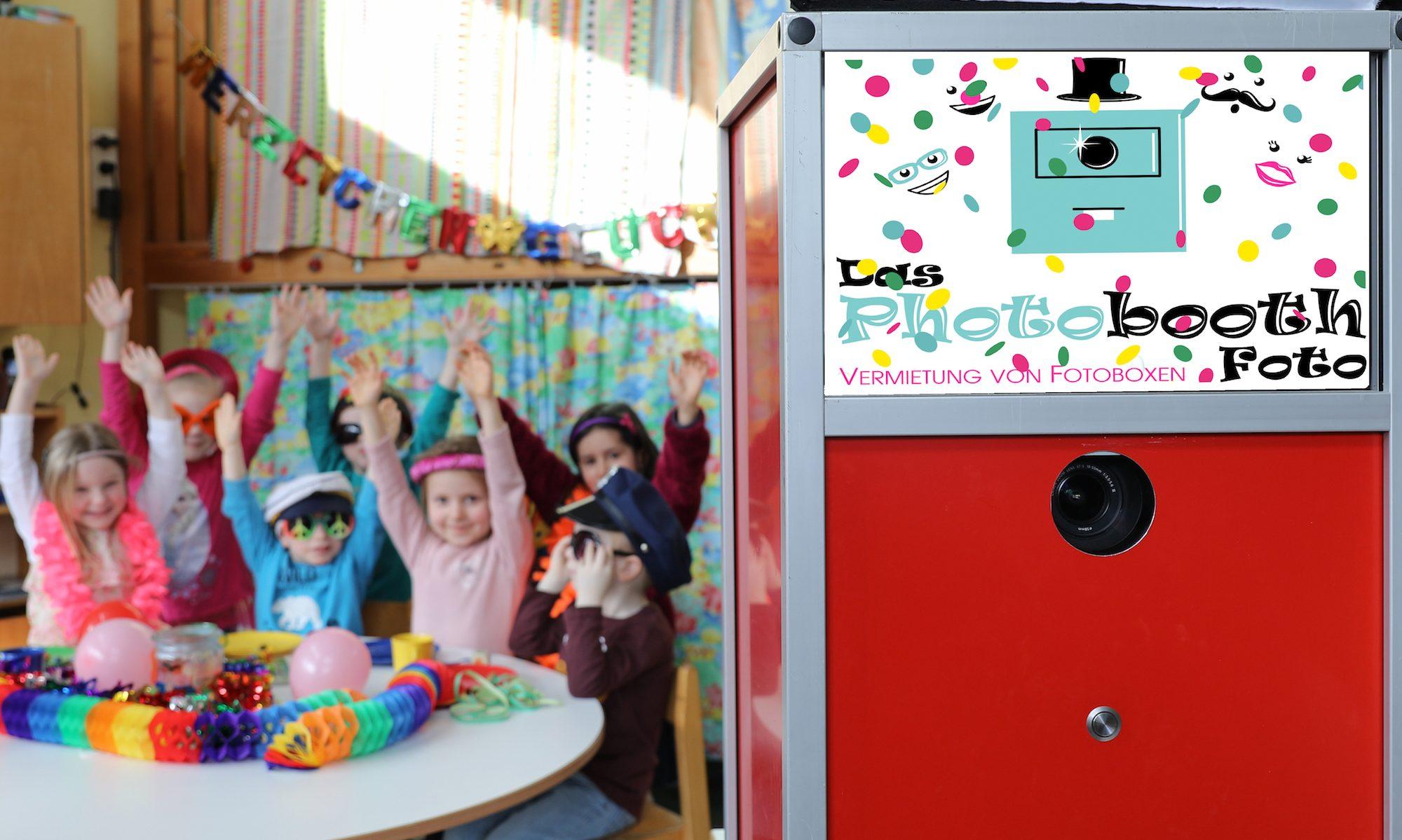 Das Photobooth Foto DIE Fotobox für ihre Feier